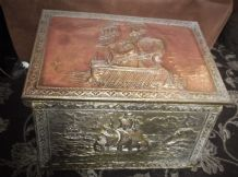 VINTAGE REPOUSSE BRASS COPPER WOOD BOUND LOG BOX ON ORIGINAL CASTORS GALLEONS